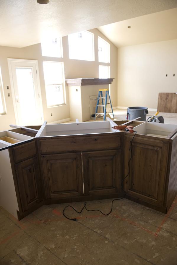 Cabinets5641